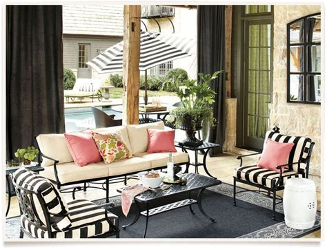 Ballard Designs Patio Furniture 25 Best Ideas About Iron Patio Furniture On Pinterest Traditional Outdoor Seats