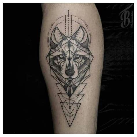 geometric tattoo manila the 25 best geometric wolf ideas on pinterest geometric