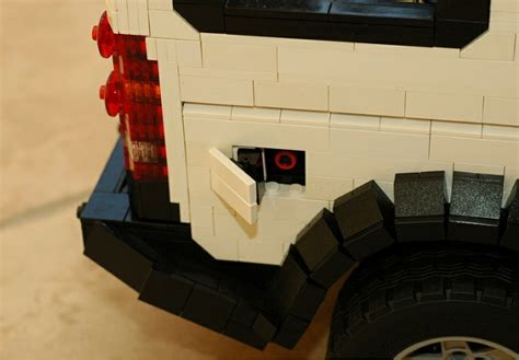 lego land rover discovery lego land rover discovery 3 is extremely faithful to the