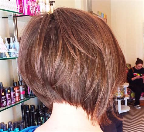 pictures of haircuts with lots of volume around crown short a line bob brunette lots of volume gypsy