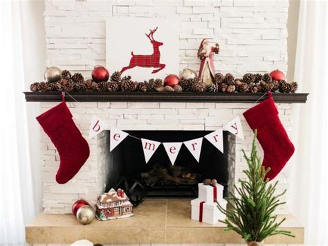 How To Hang Garland On Fireplace by Free Downloadable Template To Make Bunting How Tos Diy