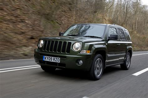 How Much Is A Jeep Patriot Jeep Patriot Station Wagon Review 2007 2011 Parkers