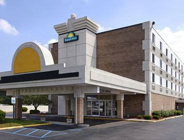 cheap hotels near plymouth cheap hotels near detroit book and save on cheap hotels