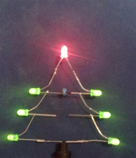 how to make led christmas tree lights blink