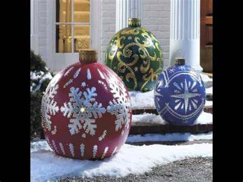 places that sell big christmas lutside balls bulb outdoor lights ornaments