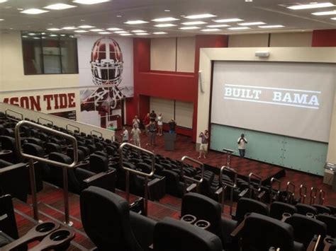 of south alabama rooms pictures of the new alabama football facilities via