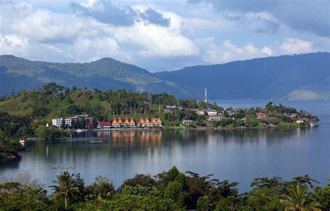 local  berastagi sumatra top indonesia holidays