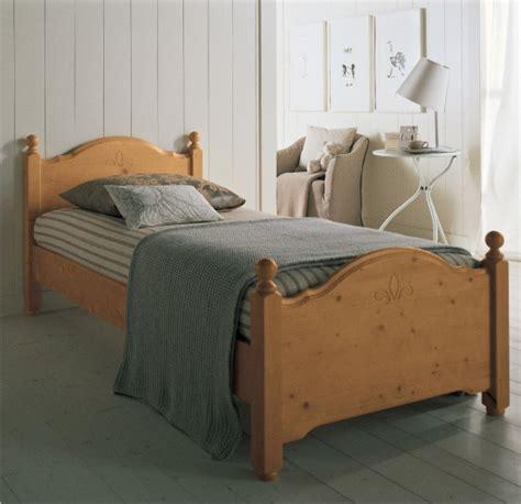 letti in legno classici letti classici in legno massello erika di scandola mobili