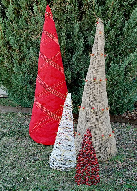diy christmas tree yard ornaments hgtv