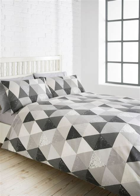 geometric bedding 30 timeless geometric and graphic bedding ideas digsdigs