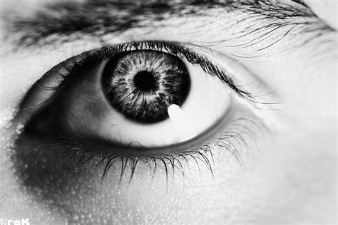 Kbc Vr Eye White Black black and white eye r e kittson flickr