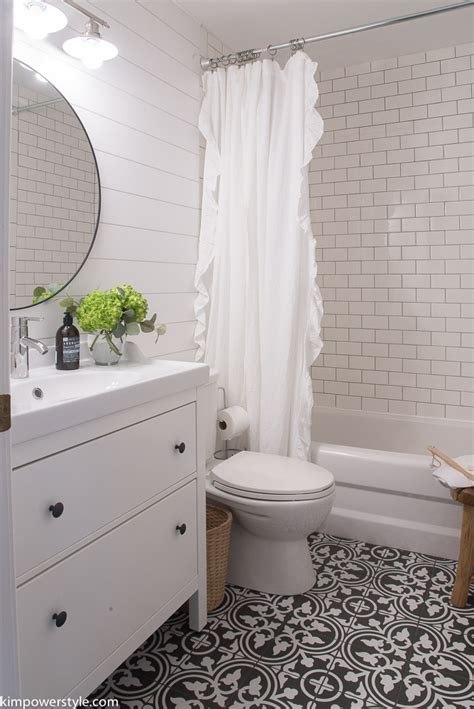 Modern Farmhouse Bathroom by One Room Challenge Modern Farmhouse Bathroom The