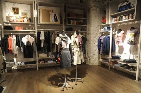 home design stores rome pepe jeans london flagship store rome 187 retail design blog