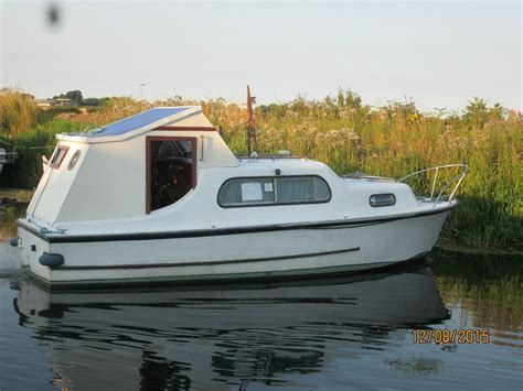 cabin cruiser boats for sale ebay quot freeman 22ft classic cabin cruiser quot ebay wooden boats