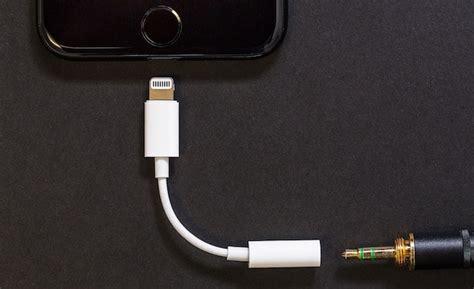 Adapter Converter Earpods Iphone 7 Lightning To 35 Mm Headphone iphone lightning earpods earpods 3