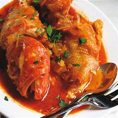 cucinare scorfano rosso scorfano al pomodoro al profumo d arancia fresco pesce