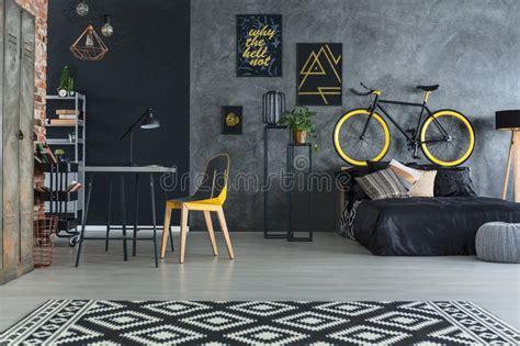 hippie schlafzimmer mit bett stockbild bild metall