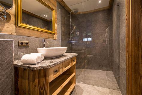 badezimmer chalet luxus chalet bischofer alm in tirol designreisen