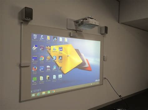 Projector Interactive Epson Eb 1430wi interactive whiteboard boosts the without barriers