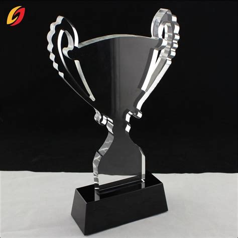 Trophy Acrylic Best 25 Acrylic Trophy Ideas On Trophy Engraving Custom Trophies And Acrylic Awards