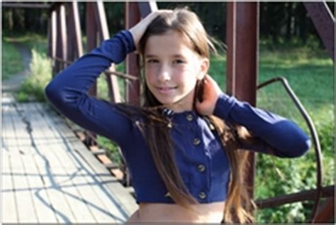 model teen modeling tv sarah silver tmtv sarah collection fills page 29