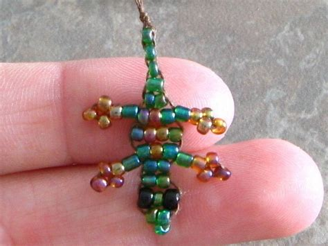 beaded gecko 183 how to make a beaded animal 183 beadwork on