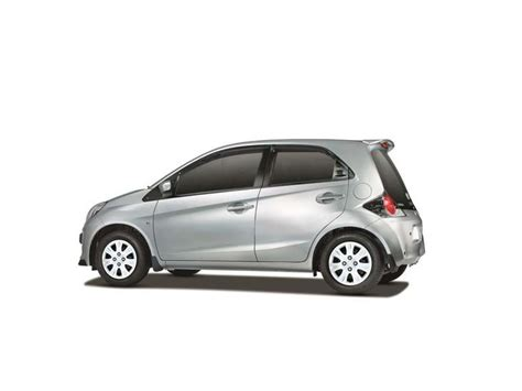 honda brio in india honda brio price gst rates in india photo reviews