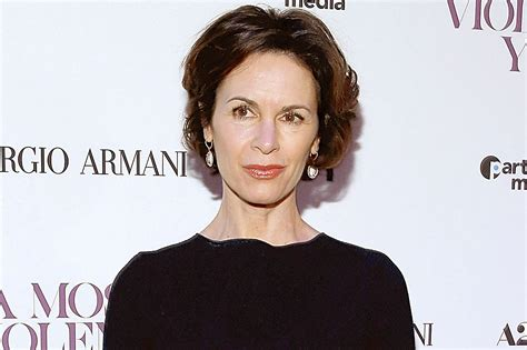 Elizabeth Vargas Hairstyle by Ten Things You Need To About Elizabeth Vargas