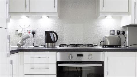 como decorar una cocina pequena hogarmania