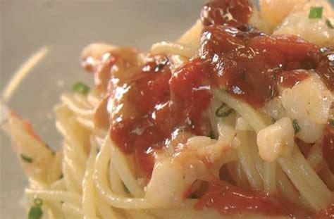 cucinare i ricci di mare spaghetti ai ricci di mare ricetta e cucina
