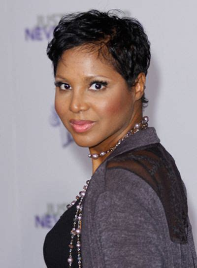 how to do toni braxton curly hair short wavy tousled hairstyles toni braxton black