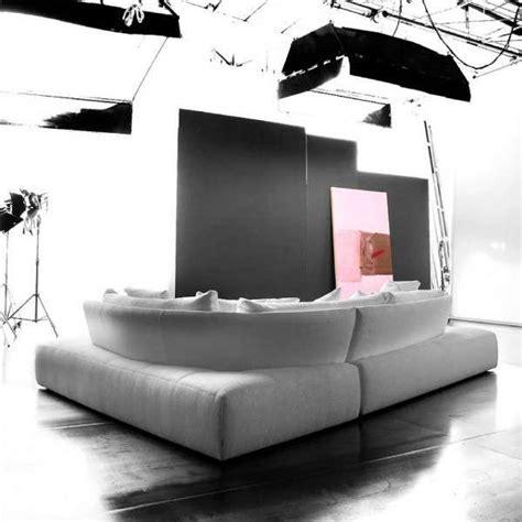 divani e divani rende divano bordeaux moderno idee per il design della casa