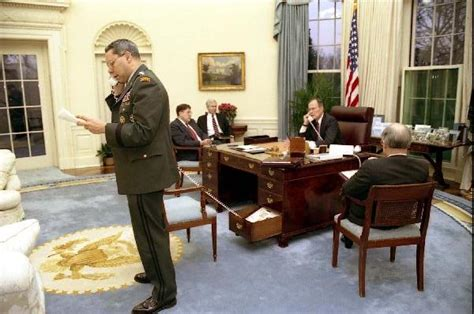 Desk In White House Oval Office What S The Deal With The Desk Phone In This Oval Office Picture Dope Message