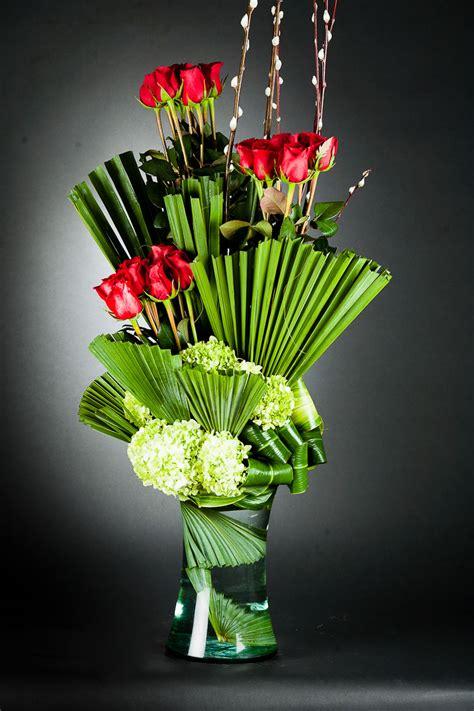 arreglos florales creativos en pinterest arreglos arreglo floral arreglo floral con rosas rojas quot geisha