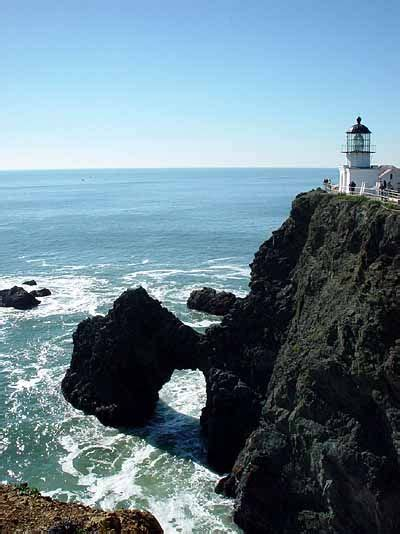 point bonita light house bonita point lighthouse to go pinterest