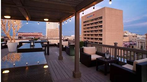 roof top bar houston tremont house rooftop bar in houston therooftopguide com