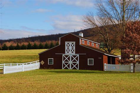 Pretty Barn According To Jan And Jer Barn Charm 61