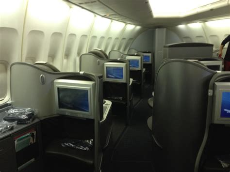 United Airlines Cabin by United Club Lounge United Global 747 Honolulu Tokyo