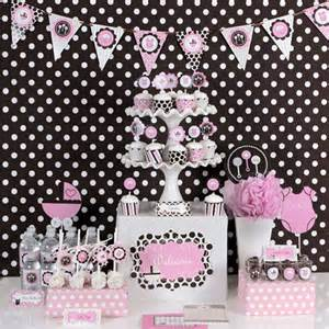 Polka dot baby shower decorations best baby decoration
