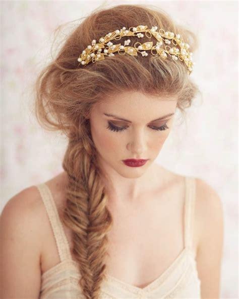 Hochzeitsfrisur Haarband by 24 Herrliche Ideen F 252 R Effektvolle Frisuren Mit Haarband