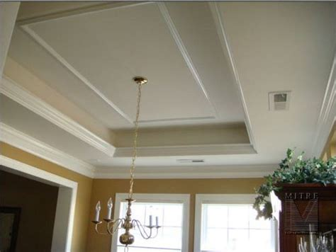 ceiling crown molding  kitchen  tray ceiling