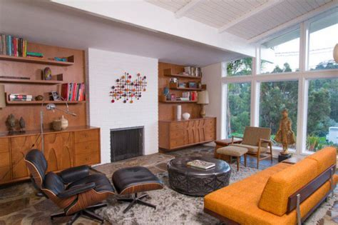 16 splendid mid century modern living room designs you can
