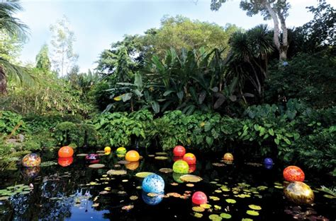 Gardens Drugs by Addict Steals 3 Million In Dale Chihuly Artnet News