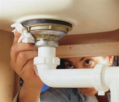 bathroom leakage repair easiest and simplest diy bathroom leakage repair tips