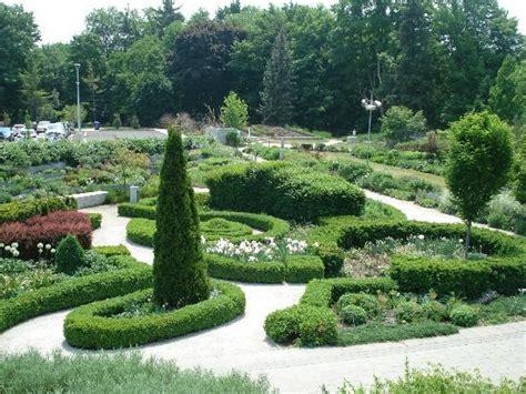 edwards gardens toronto ontario address phone number