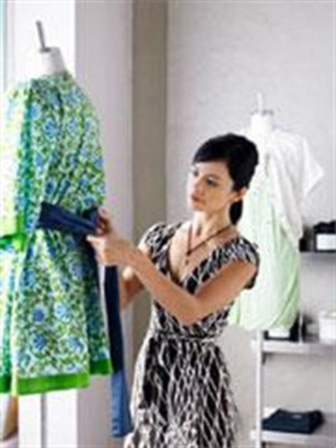 Fashion Merchandiser Description by Fashion Merchandising Marketing Merchandising Salary Visual Merchandiser Merchandising