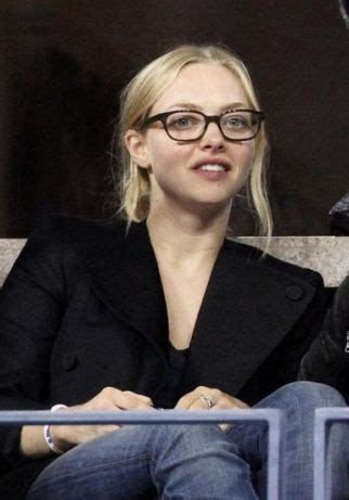 amanda seyfried glasses amanda seyfried glasses google search things i love