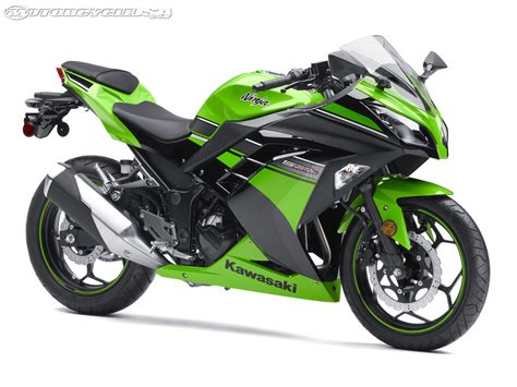 Ninja Motorrad by 2013 Kawasaki Ninja 300 First Look Motorcycle Usa