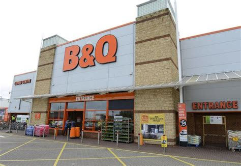b q b q to close folkestone store