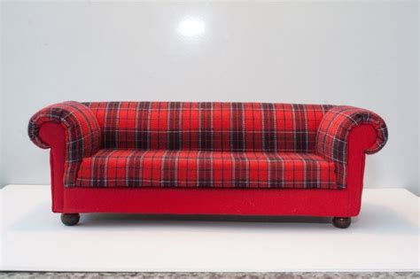 tartan chesterfield sofa red tartan chesterfield style dolls house sofa 12th scale